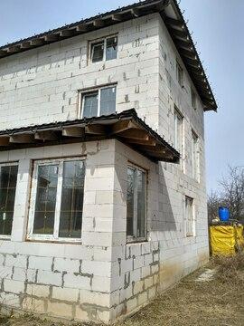 Продается 3-х этажный дом в Талицах.