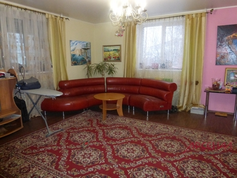 Продается двухэтажный коттедж на участке 12 соток в Старой Купавне
