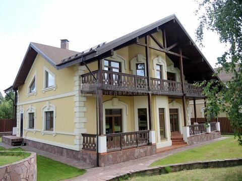 Дом 320 м2, участок 21 сот, Новорижское ш, 38 км от МКАД, Пионерский. .