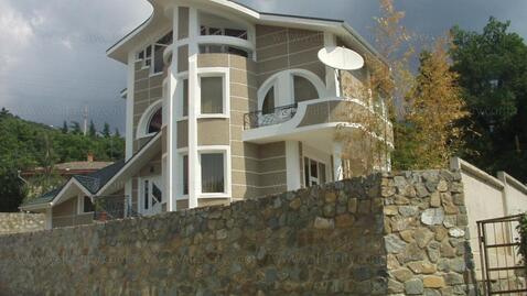 Продажа 4-этажного дома в Массандре