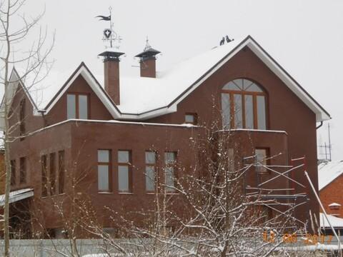 Купить коттедж трехэтажный, Великий Новгород, улица Обороны.