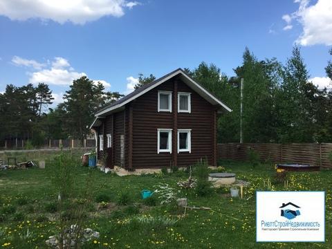 Новый дом из бревна в деревне, все коммуникации в доме, река