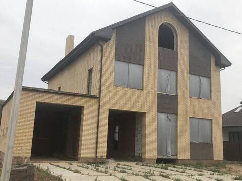 Продается коттедж 520 кв. м на земельном участке 15 соток в селе Стара