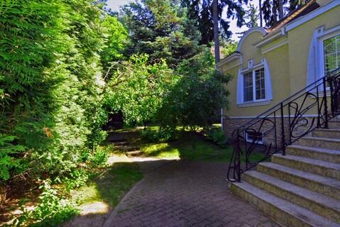 Дом 700 кв.м, уч 15 сот. 2-е Успенское шоссе 25 км от МКАД