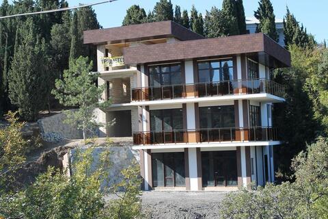Продам новый дом в г.Алушта в районе Центральной набережной.