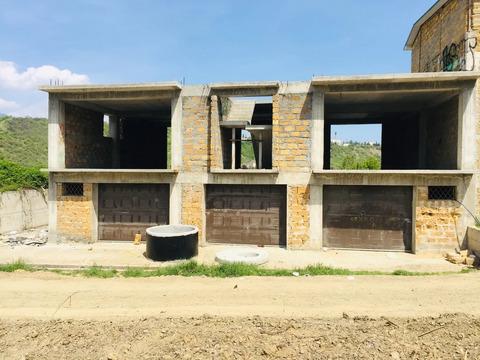 Продам недостроенный дом в г. Алушта 340 кв.м.