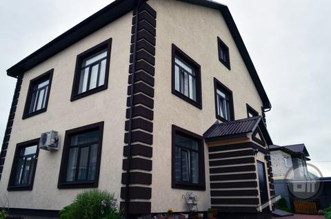 Продается коттедж с земельным участком, п. Мичуринский, ул. Макарова