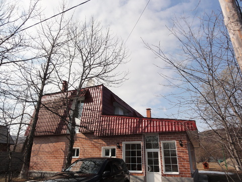 Продам дом 2-х этажный 200 м.+зем. участок 2,5 га.баня с бассейном