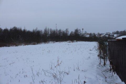 Земельный участок в селе Тропарево