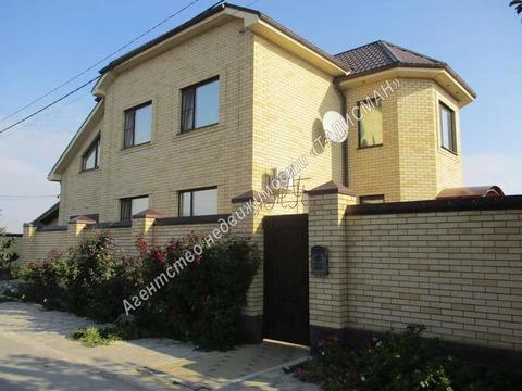 Продам дом 2-х этажный кирпичный в пригороде г. Таганрога, с. Петруш