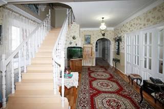 Хороший дом 250 кв.м 10 сот земли