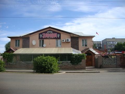 Огромный дом с кафе в Кувандыке 550 м2 продается.