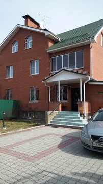 Предлагается к продаже дом 320 кв.м на участке 9 соток в Звенигороде
