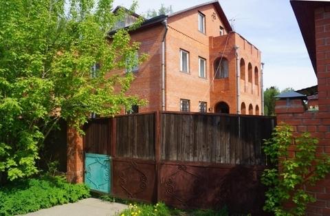 Жилой дом 350 кв.м. на земельном участке 24 сотки с выходом в лес, .