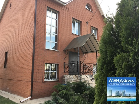 Коттедж, Новогусельский поселок, ул. Мостостроителей