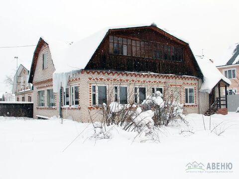 Загородный двухэтажный меблированный дом площадью 170 кв.м.