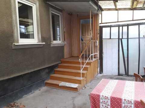 Продам 4 х ком дом 6 линия