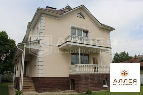 Дом 460 кв.м. Без ремонта на участке 12 сот.