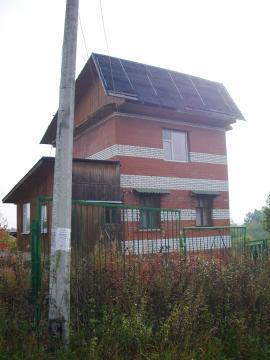 Недостроенный 3-х уровневый кирпичный дом 6х6 м. на участке под ИЖС.