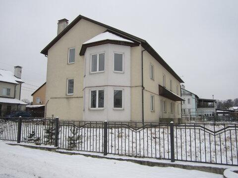 Продаётся новый 2 этажный дуплекс в с. Тарасовка, ул. Славянская, Пушк